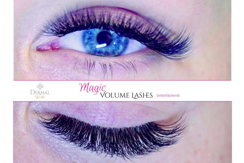 Blaues Augen mit Wimpern Extensions